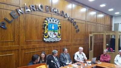 Roberto Bavaresco foi apresentado