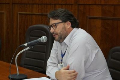 Secretário da Fazenda, José Carlos Custódio