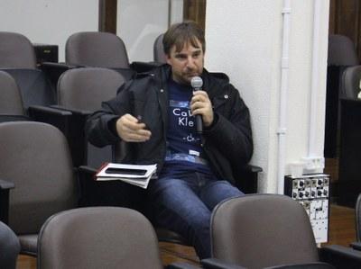 Jurandir Bondan, realizou questionamentos
