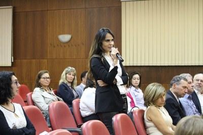 A jornalista Raquel Peigas fez um comentário