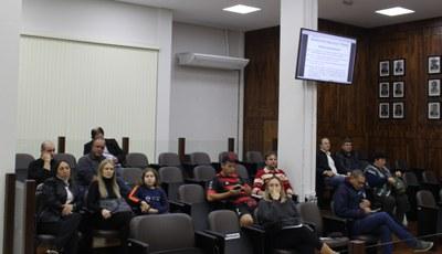 público presente na sessão 13.05