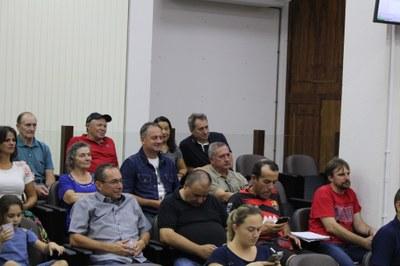 Familiares de Arthur Danieli se emocionaram na sessão