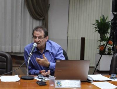 Vereador suplente Ari Battisti