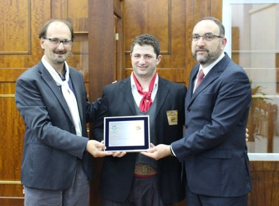 04.11 Jonas recebe Prêmio Destaque Cultural