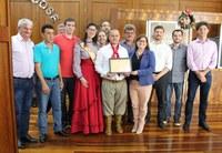 Legislativo barbosense realiza entrega de Moção de Louvor ao CTG Trilha Serrana