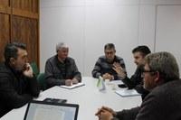 Reunião sobre a transmissão de voz e dados nas comunidades do interior